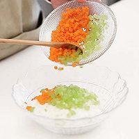 宝宝辅食微课堂  时蔬蛋蒸饭的做法图解3