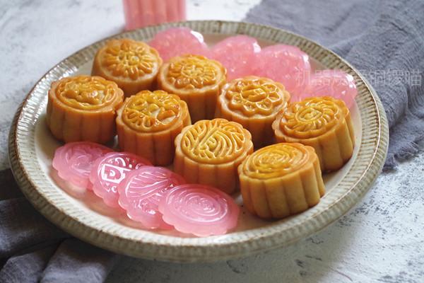 广式莲蓉月饼(自制馅)的做法