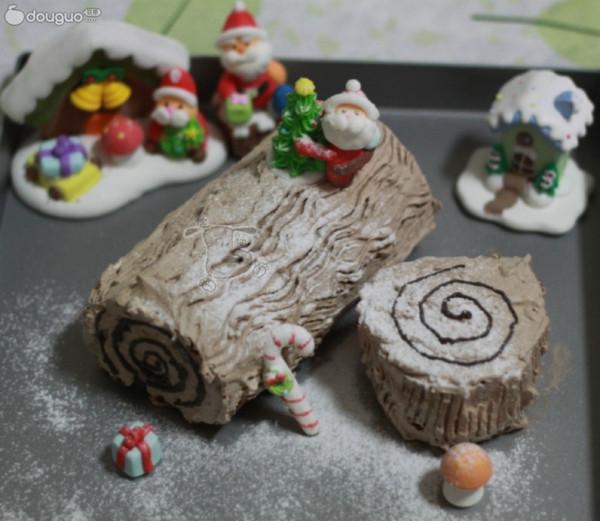 预热圣诞 大树根蛋糕卷的做法