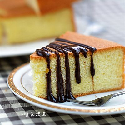 松软嫩爽、香甜可口的戚风蛋糕
