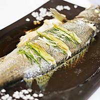 迷迭香:清蒸鲈鱼的做法图解8