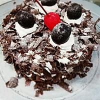 黑森林鲜奶油蛋糕
