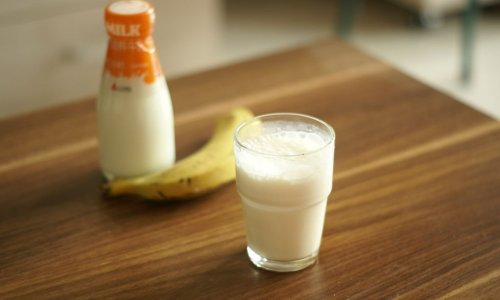 香蕉牛奶的做法