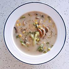 【奶香不腻】奶油蘑菇浓汤