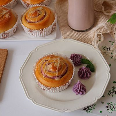 香芋紫薯面包卷