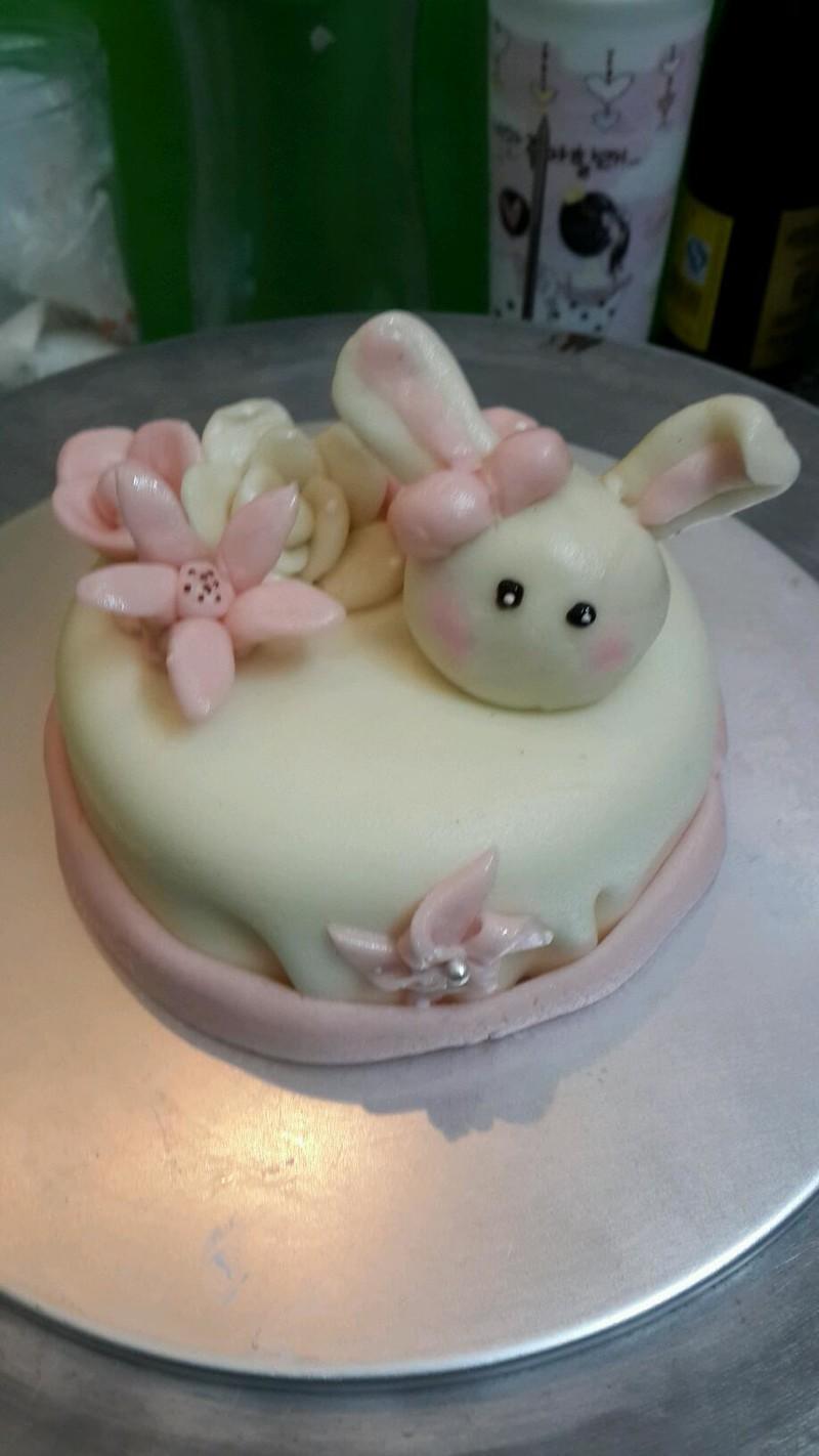 棉花糖版翻糖蛋糕