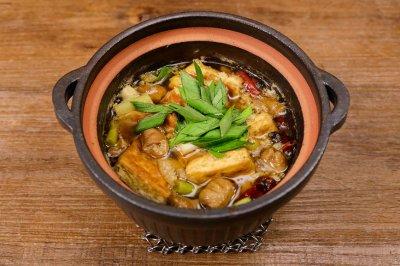 臭豆腐肥肠煲|美食台