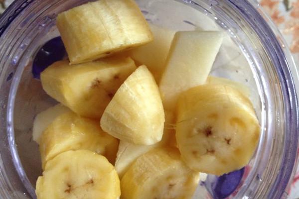 宝宝辅食香蕉苹果泥的做法