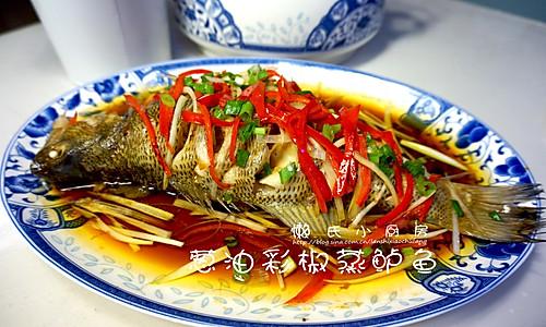 葱油彩椒蒸鲈鱼的做法