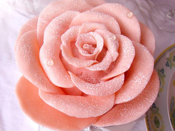 【巧克力玫瑰花蛋糕】——情人节浪漫蛋糕的做法