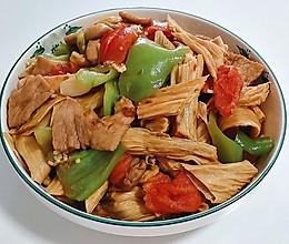 #营养小食光#肉片炒腐竹的做法