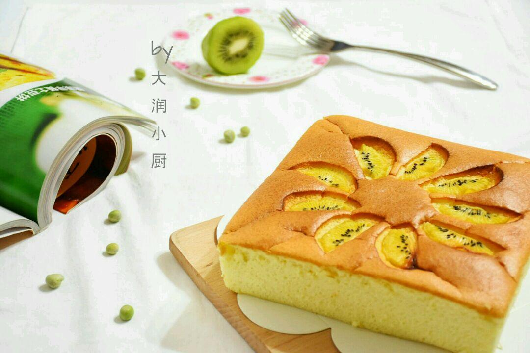 入口即化的奇异果酸奶蛋糕#豆果5周年图片