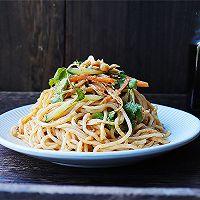 《中餐厅》秦海璐同款鸡丝凉面的做法图解10