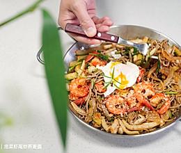 #白色情人节限定美味#泡菜虾尾炒荞麦面