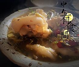 午有食间:豆豉酸菜蹄筋猪手煲,爽口开胃养筋补胶原的做法
