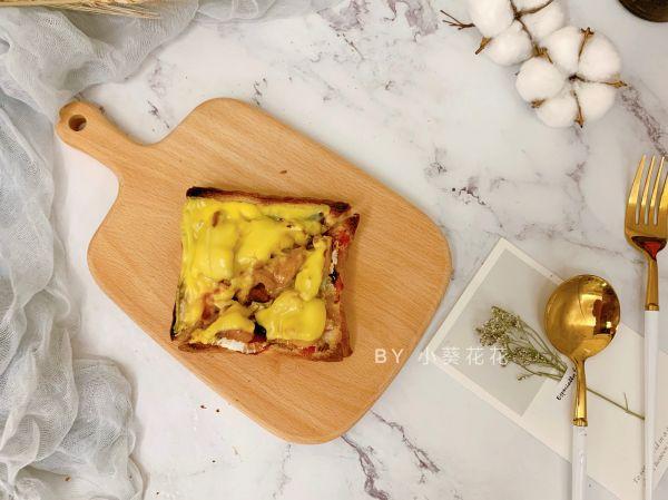 简易鸡肉披萨#花10分钟,做一道菜!#的做法