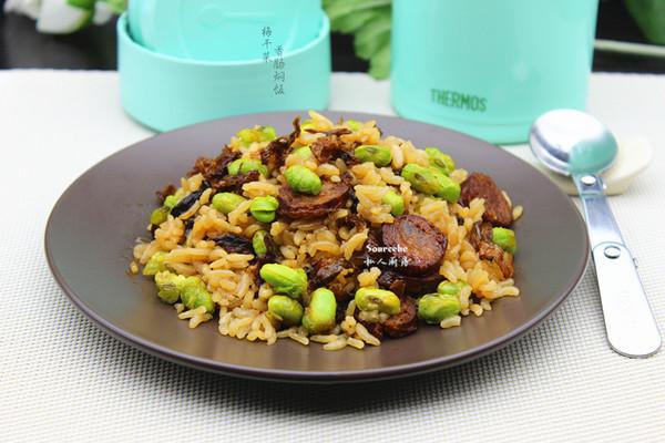 梅干菜香肠焖饭