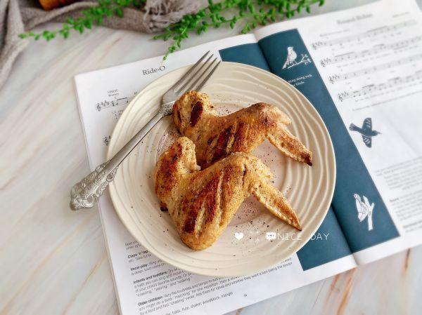 蒜香煎鸡翅的做法