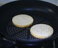 双层肉饼吉士汉堡的做法图解12