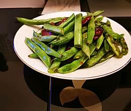 #少盐饮食 轻松生活#快手又下饭→四季豆炒腊肠的做法