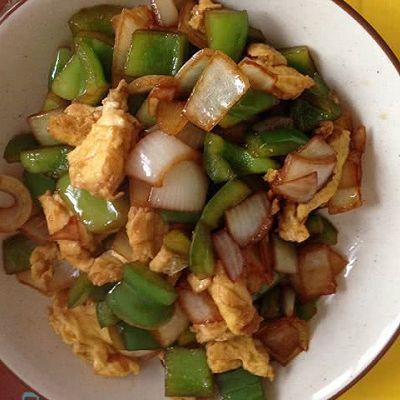 青椒洋葱炒蛋