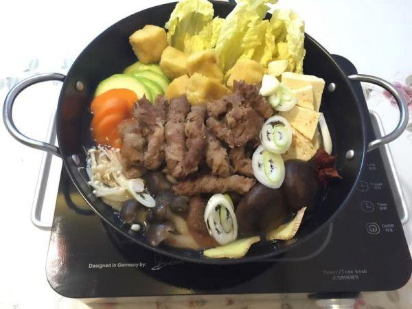 真菌肥牛汤锅汤煲的做法