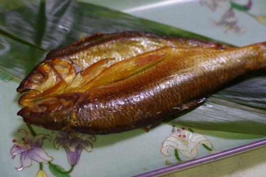 烟熏 舌尖上的华子鱼