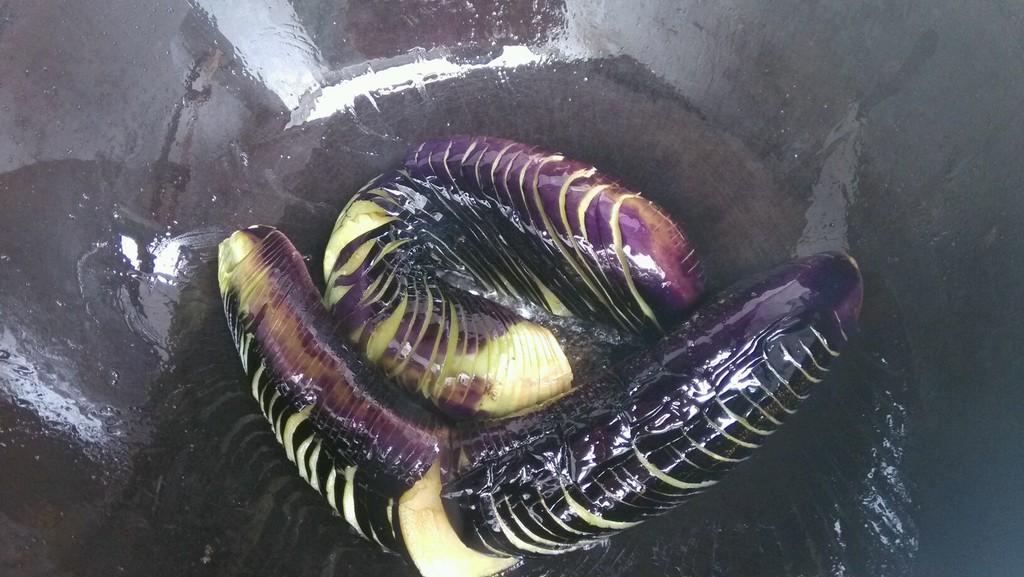 蓑衣茄子的做法_【图解】蓑衣茄子怎么做好吃