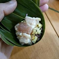 #甜粽VS咸粽,你是哪一党?#紫色三角肉粽的做法图解4