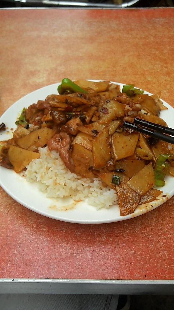 土豆片炒肉盖饭的做法猫能吃罗勒嘛图片