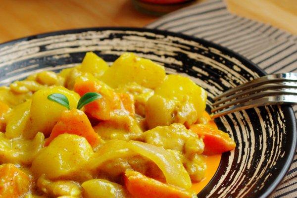 媲美五星级咖喱的秘制咖喱--视频土豆奶酪鸡的普超英酒店图片