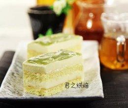 想不想尝试一款更适合夏天的榴莲冻芝士蛋糕呢?的做法