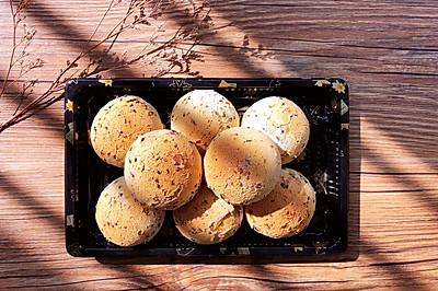 麻薯空心恐龙蛋~巧克力豆