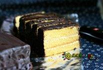 【华丽丽】——吮指的巧克力淋面榴莲蛋糕的做法
