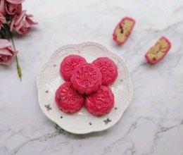 火龙果藜麦蔓越莓冰皮月饼的做法