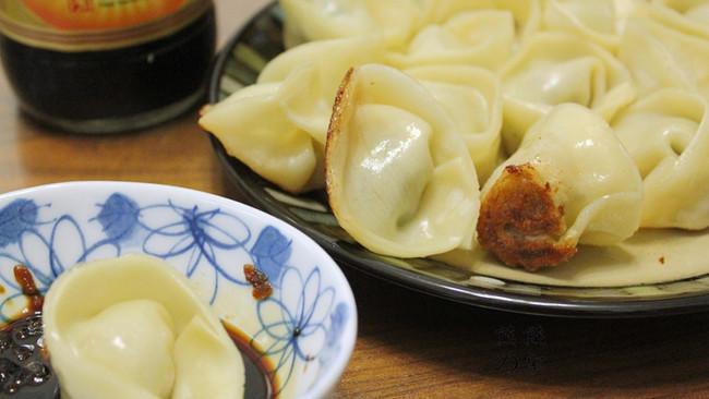 香煎菜肉大馄饨——利仁电火锅试用菜谱之三的做法