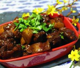 红酒土豆烧鸭腿#樱花味道#的做法