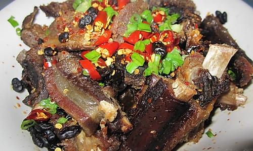 豆豉辣椒蒸排骨—春季美食的做法