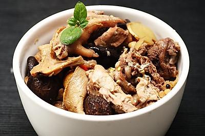 菜男松茸小蘑炖鸡