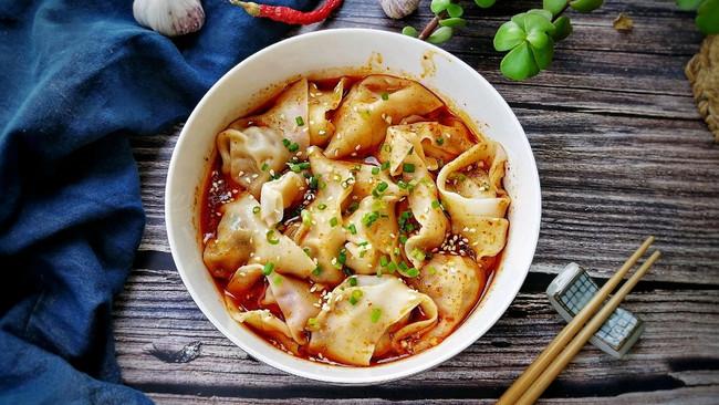 #晒出你的团圆大餐#红油抄手-麻辣鲜香,巴适得很,做法很简单的做法