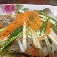 清蒸白鱼的做法图解4