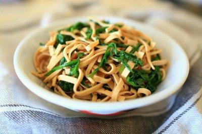 豆腐丝拌蒿叶