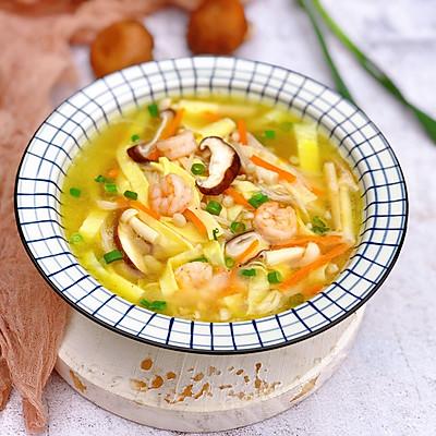 夏季养生菌菇虾仁汤