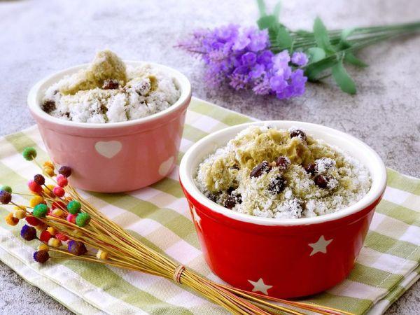 抹茶椰丝红豆蒸蛋糕