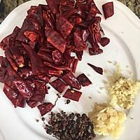 挑战你的味蕾绝佳下酒菜-麻辣藕丁的做法图解2