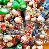 剁椒水豆豉蒸鱼的做法图解4