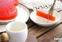 西瓜慕斯 | 不用烤箱3步做好的夏日清凉甜品的做法