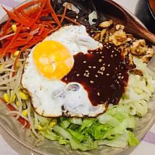 巨简单的韩式拌饭(拌饭酱调的香喷喷的)