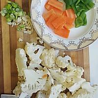 煸炒花椰菜的做法图解1