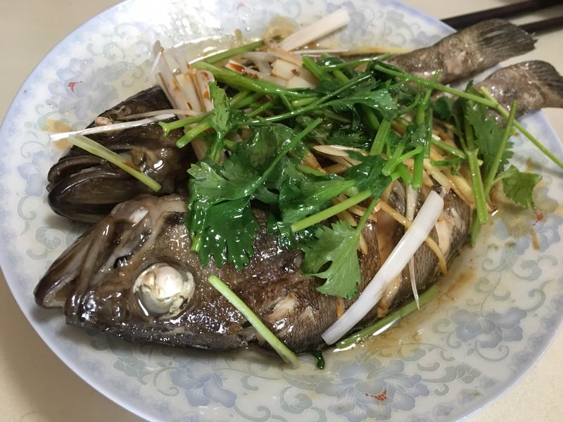 清蒸海杂鱼